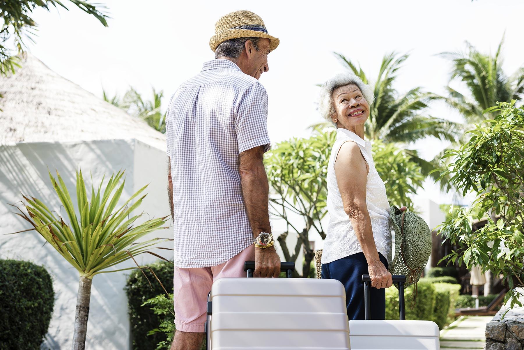 happy-couple-at-a-resort-TYH4WPU.jpg